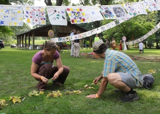 Teaching artists Tony Moretti and Gwen Quigley laid the groundwork for a series of mandalas created from natural materials.